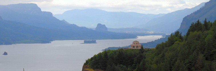 Photo: Columbia River Gorge and Crown Point